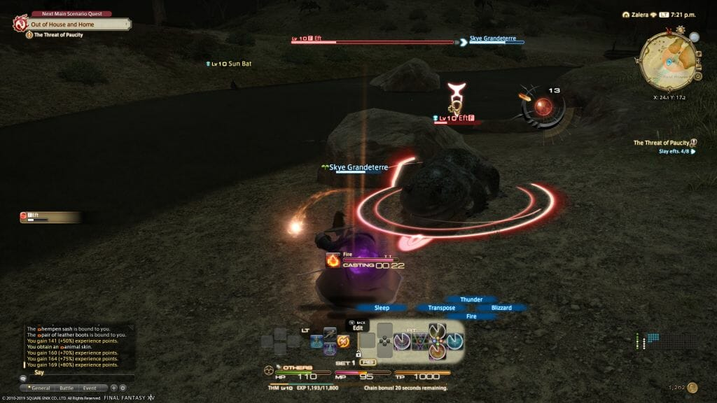 Skye Grandeterre, a Duskwight Elezen, engaged in battle against an Eft in Final Fantasy XIV