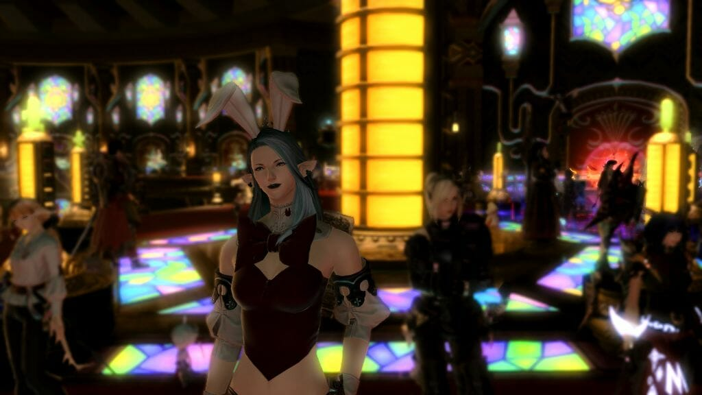 Skye Grandeterre, a Duskwight Elezen, stands at the Gold Saucer's Cactpot Board, dressed in the Bunny Girl Chief outfit in Final Fantasy XIV